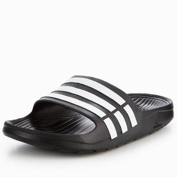 d907298862003  New Adidas Duramo Slides